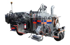 M390 - Maskin för försegling av sågade spår (efter micro-trenching) eller reparation av sprickor i vägbanor